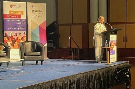 Linda Burney speaking on women's health